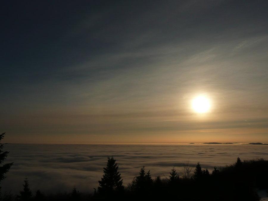 Wschód słońca ze szczytu Jaworzyny Krynickiej