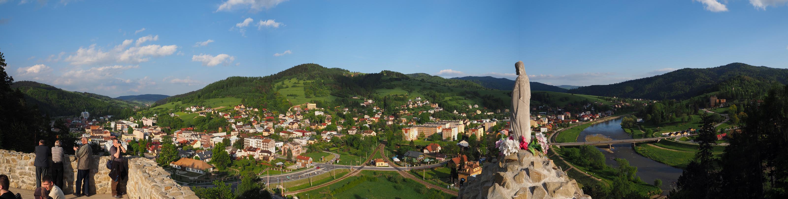 Panorama Muszyny z ruin zamku