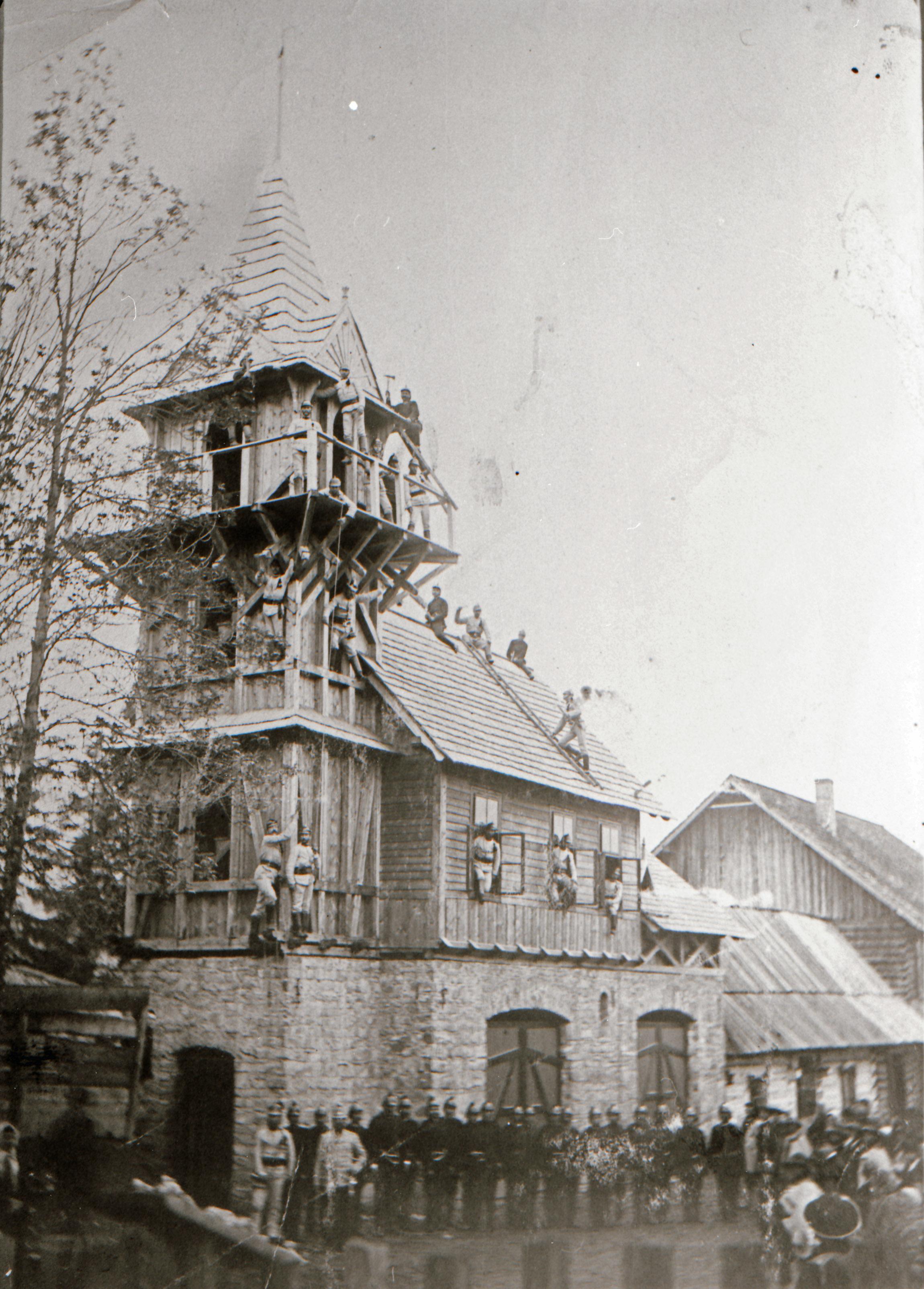 1893 r. - uroczystość poświęcenia nieistniejącej już strażnicy z ul. Kościeliskiej