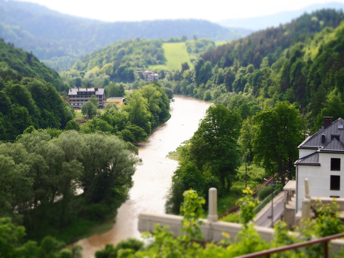 Dolina Popradu w Żegiestowie.