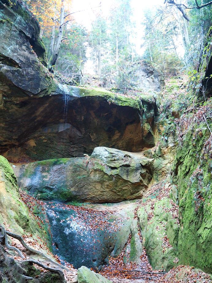 Wodospad w Wąwozie Czarownic.